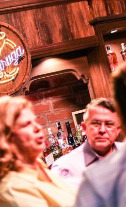 Festa de lançamento do 'Bar da Madruga' recebe vários convidados – Parceria Adega Muf's.