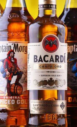 Rum: Tudo sobre a história da bebida e as principais marcas!