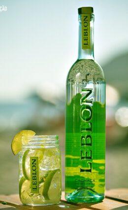 Cachaça Leblon – História e Drinks
