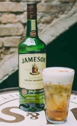 Whisky Jameson – História e Drinks